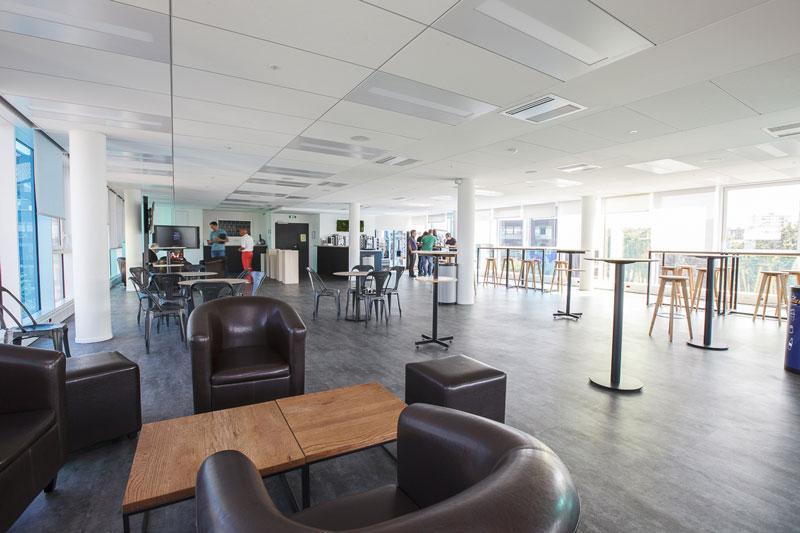 Aménagement d'un espace restauration et détente